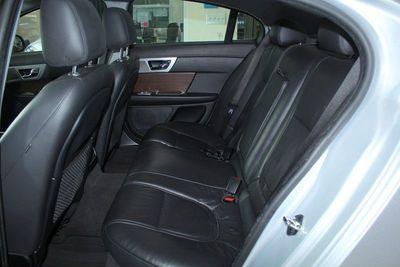 2015 Jaguar XF I4 T Premium